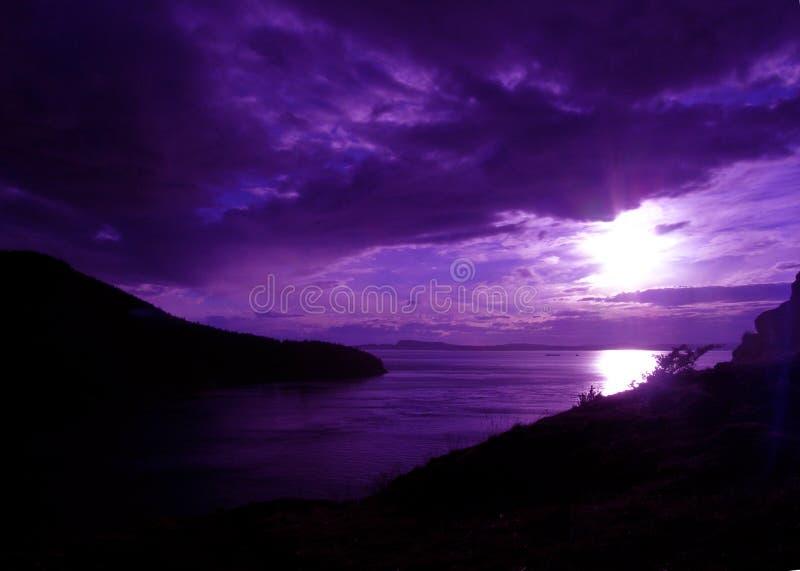 紫色雄伟的山 免版税图库摄影