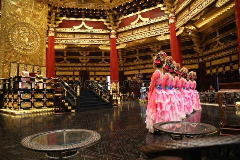 繁体中文舞蹈表现 免版税库存图片