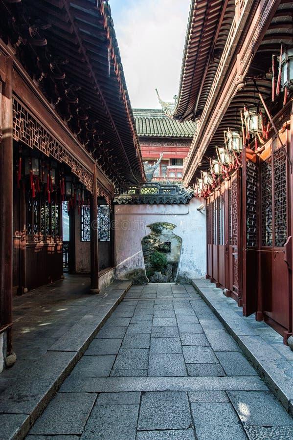 繁体中文建筑学曲拱巷道上海 免版税库存图片