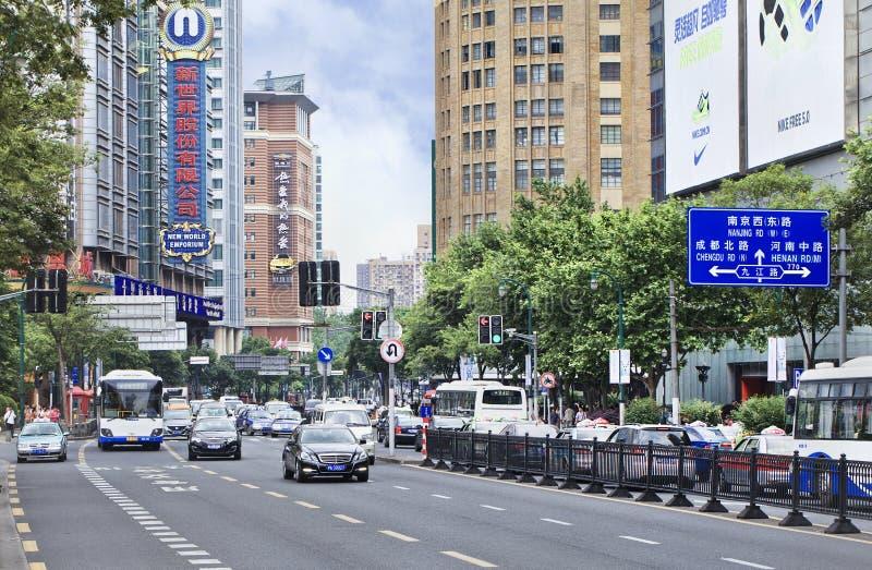 繁忙的交通在市中心,上海,中国 免版税库存图片