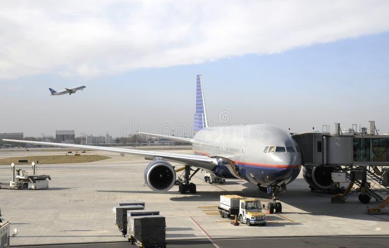 繁忙的机场 免版税库存照片