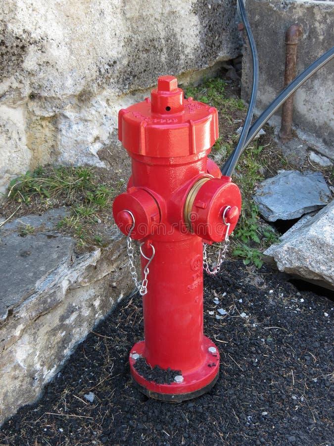红火旅团消防栓 免版税库存图片