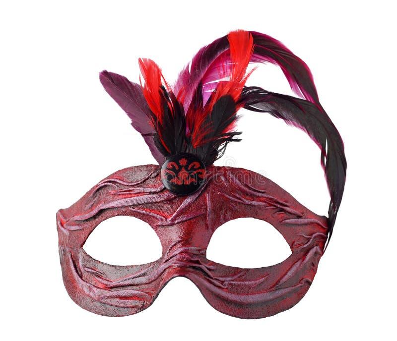 红色与羽毛的狂欢节威尼斯式半截面罩,隔绝在白色 免版税图库摄影