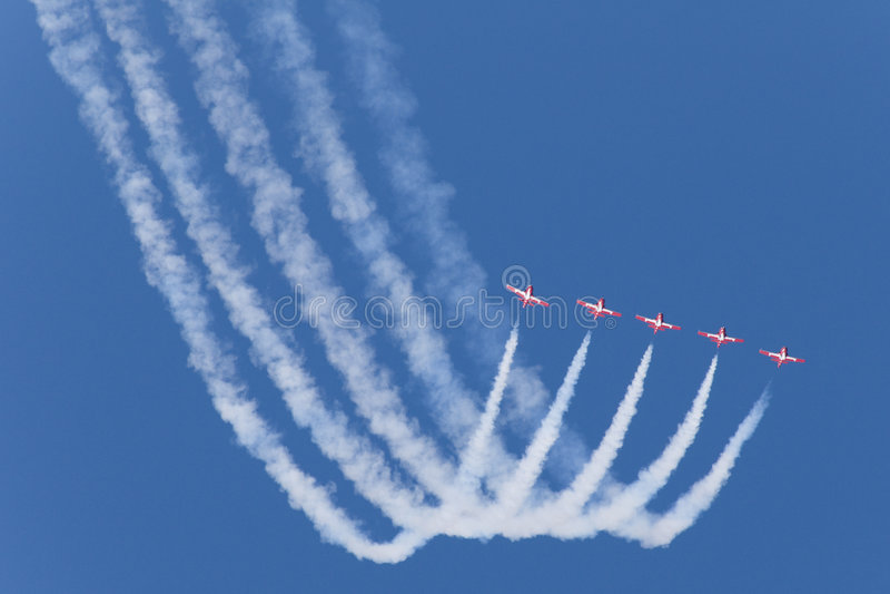 红色五架的喷气机 图库摄影
