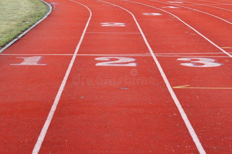 红色体育运动跟踪 免版税库存图片