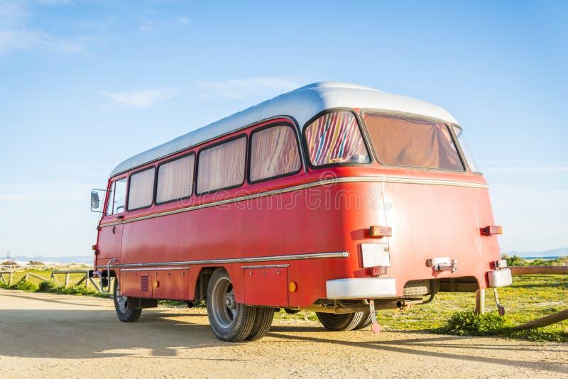 红色公共汽车 库存照片