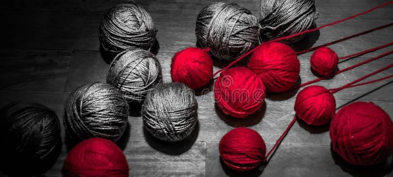 红色和灰色螺纹 免版税图库摄影