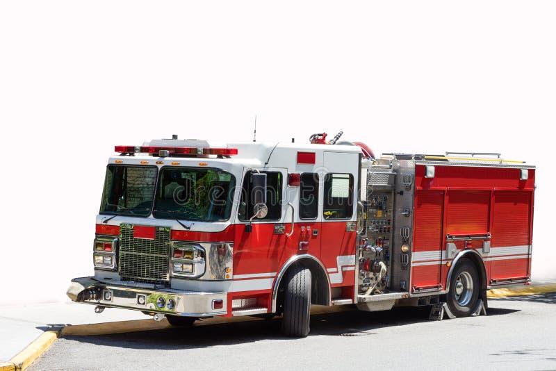 红色和白色消防车 库存图片