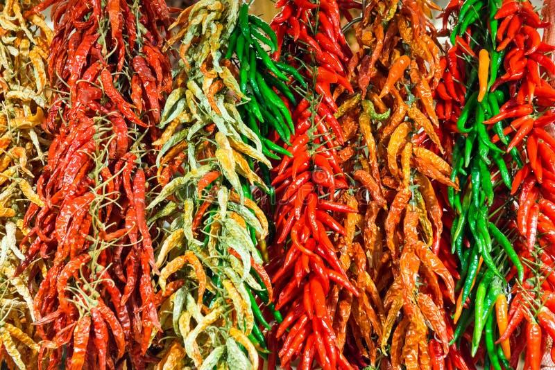 红色和绿色热的冷颤的胡椒 库存图片