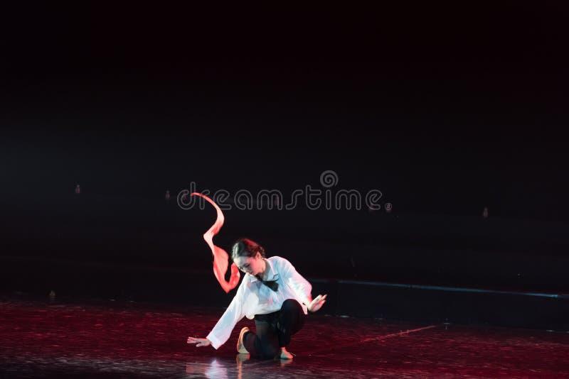 红色围巾27丁香舞蹈戏曲 库存照片