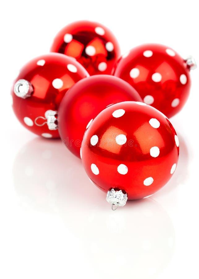 红色圆点圣诞节中看不中用的物品 库存照片