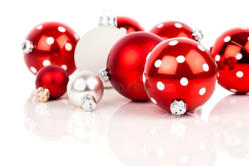 红色圆点圣诞节中看不中用的物品 图库摄影
