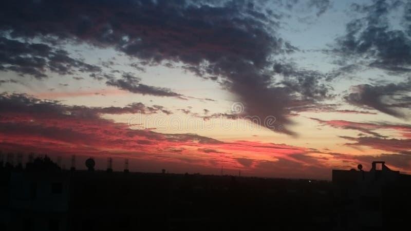 红色天空云彩 库存照片