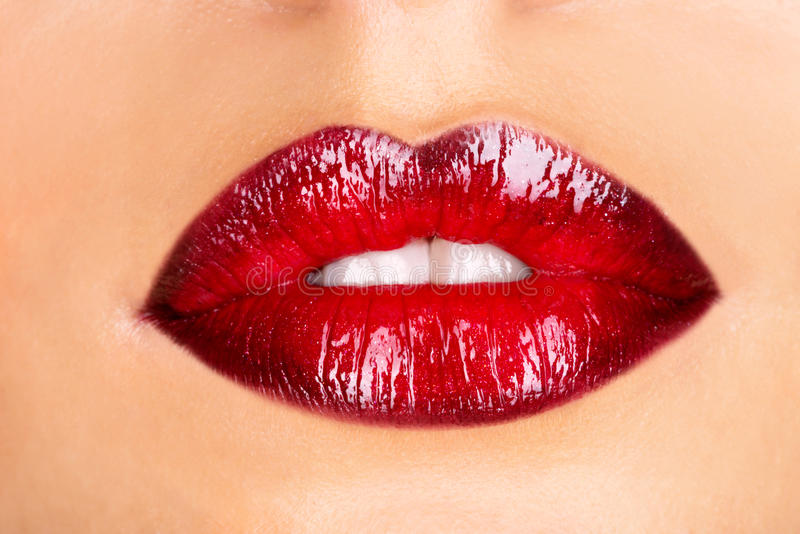 红色妇女的嘴唇 免版税库存照片