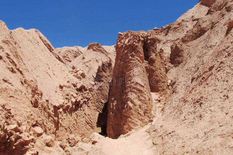 红色岩石和泥聚结 免版税库存照片
