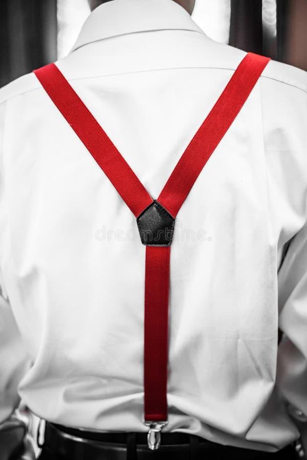 红色悬挂装置细节 免版税库存图片