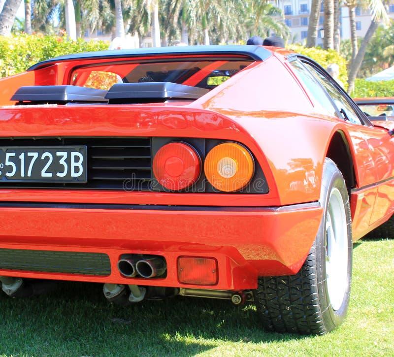红色意大利supercar后方角落细节 免版税库存照片