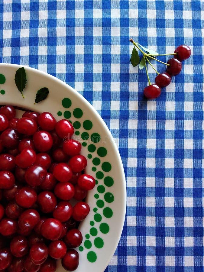 红色成熟樱桃 免版税图库摄影
