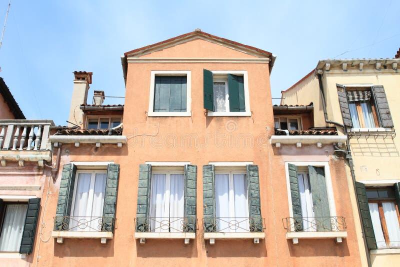 红色房子在威尼斯 免版税库存图片