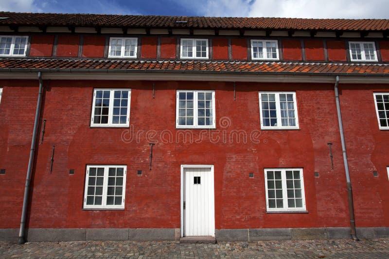 红色房子在Kastellet堡垒在哥本哈根,丹麦 免版税库存照片