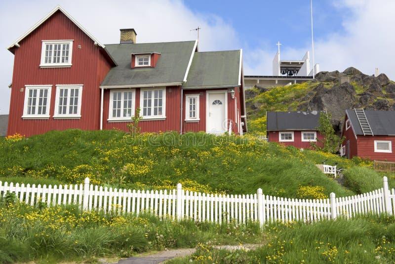 红色房子,格陵兰 免版税图库摄影