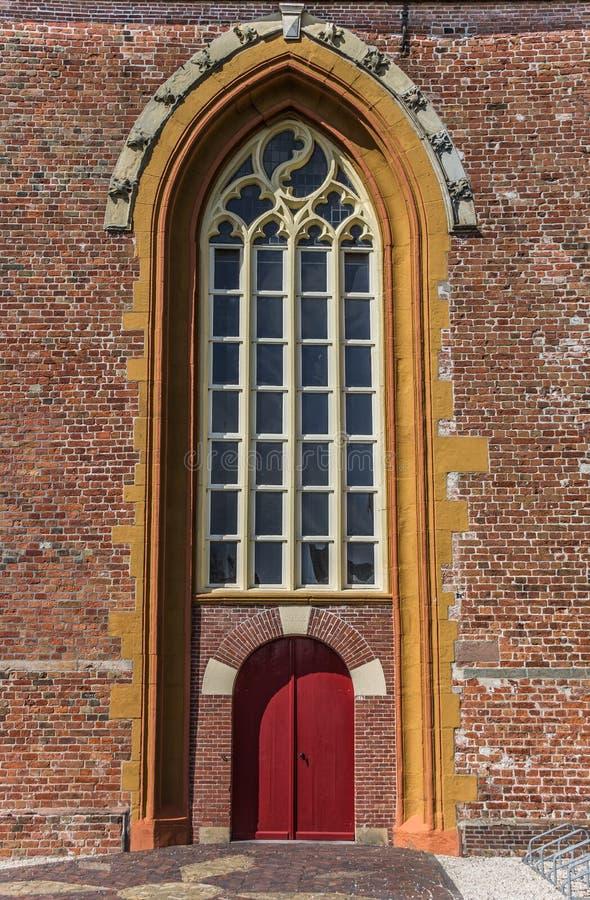 红色教会门 免版税库存照片