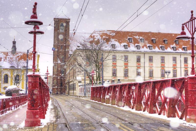 红色木桥,多数Piaskowy,弗罗茨瓦夫,西里西亚,波兰,欧洲 免版税库存照片