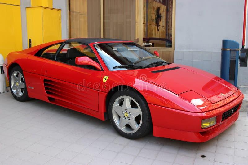 红色法拉利348实验装置待售在摩纳哥 免版税库存照片
