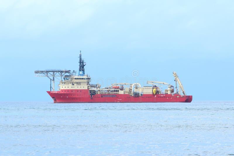 红色海洋船 库存照片