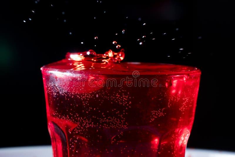 红色液体滴  库存图片