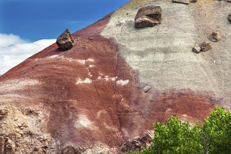 红色白色砂岩山圆顶礁国家公园犹他 免版税图库摄影