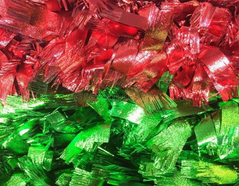 红色绿色闪烁丝带纹理圣诞节摘要背景 免版税库存图片