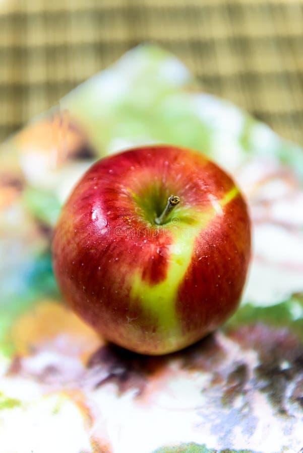 红色苹果mmmm 免版税库存照片