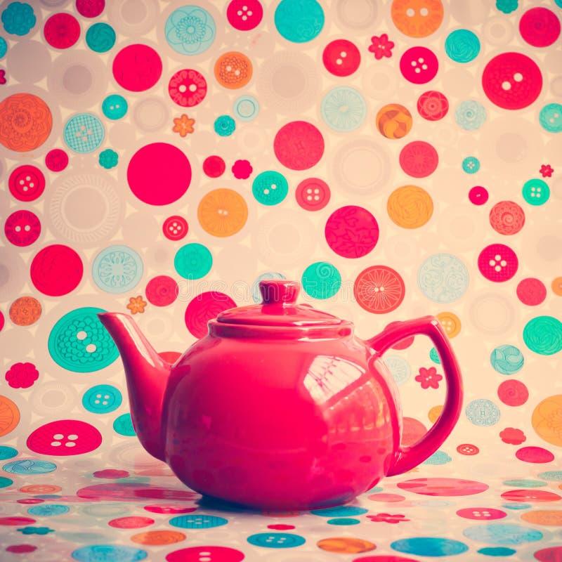 红色茶壶 免版税库存图片