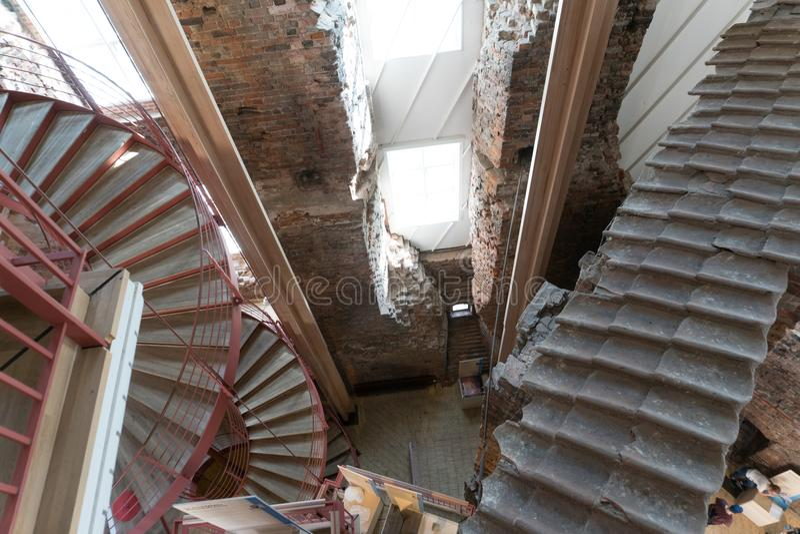 红色螺旋台阶细节在科灵Koldinghus城堡的D的 免版税库存照片
