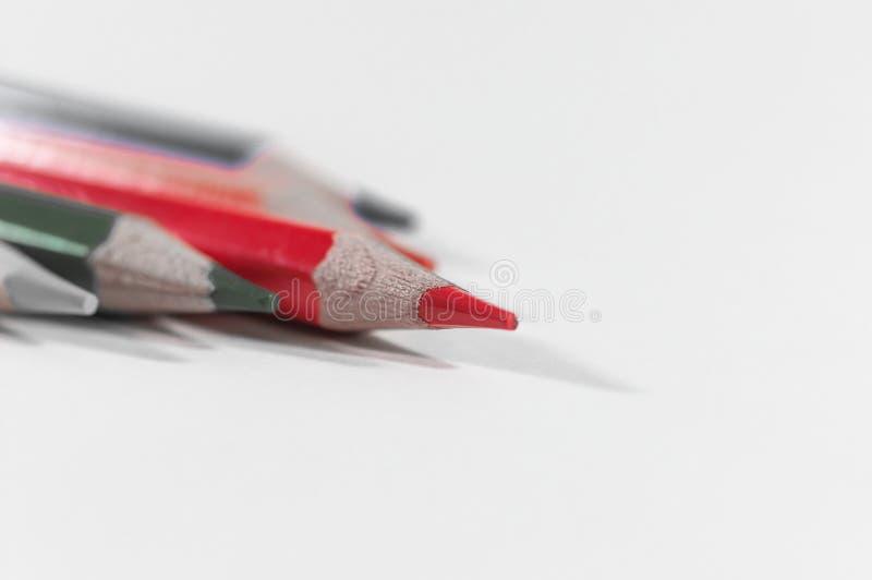 红色铅笔在焦点 库存照片