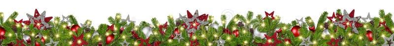 红色银色圣诞节诗歌选超级宽冷杉分支全景 免版税库存图片