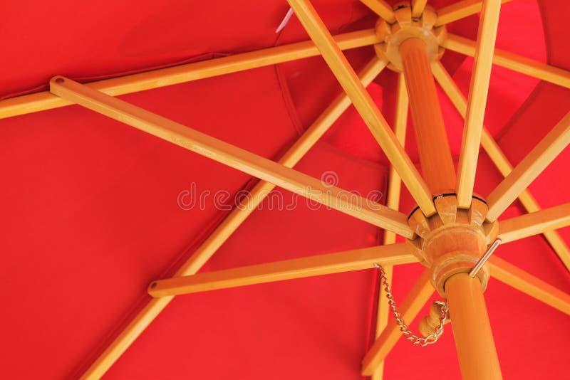 红色阳伞 免版税图库摄影