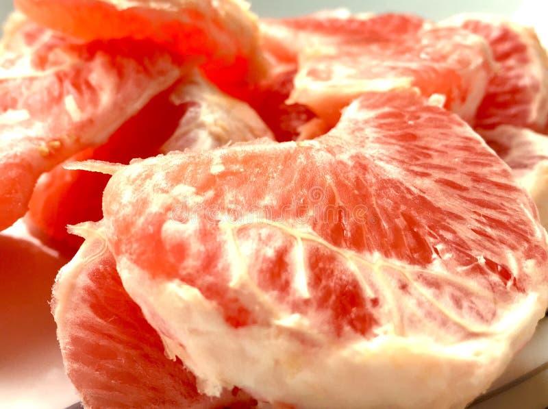 红色水多的葡萄柚 免版税库存照片