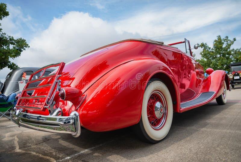 红色1936年帕卡德敞篷车小轿车经典汽车 免版税库存图片