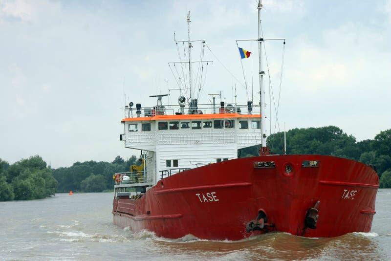 红色货船 免版税库存照片