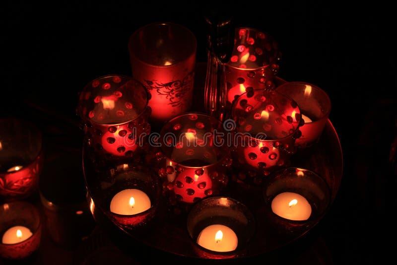红色votives和蜡烛 库存图片