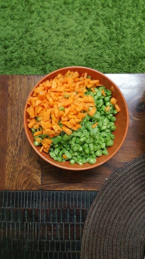 红萝卜和豆新裁减 免版税库存图片