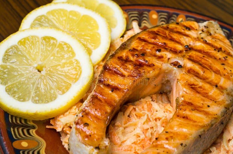 红萝卜沙拉三文鱼 库存图片