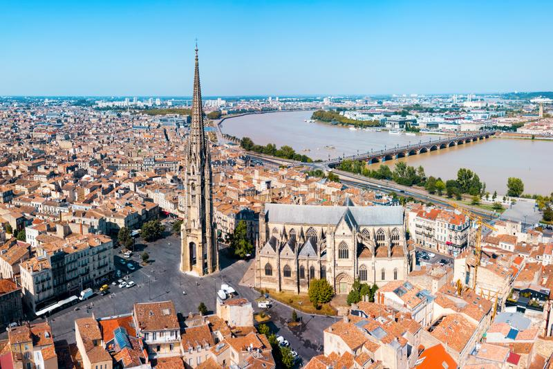 红葡萄酒空中全景,法国 库存图片