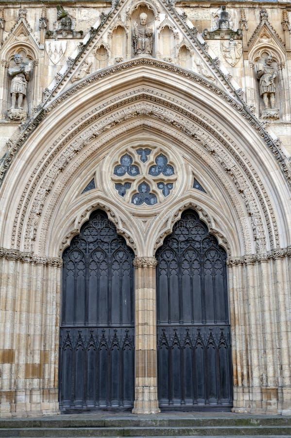 约克大教堂,在英国哥特式样式建造的历史的大教堂外部大厦位于市约克,英国,英国 免版税库存照片