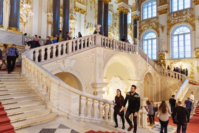 约旦楼梯在冬宫,状态埃尔米塔日博物馆 彼得斯堡圣徒 俄国 免版税库存照片