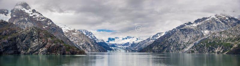 约翰・霍普金斯冰川和山 库存图片