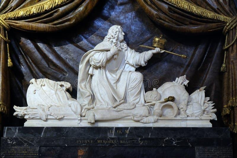 约翰二世卡齐米,波兰的国王陵墓的大理石雕塑  图库摄影