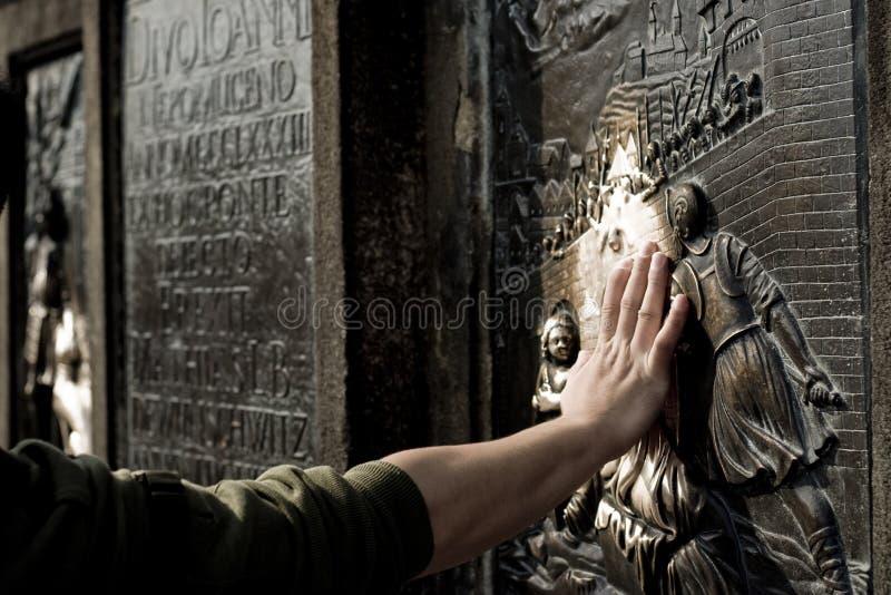 约翰nepomuk朝圣安排雕象 库存照片